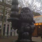 Wer trägt den D*ldo in Rotterdam?