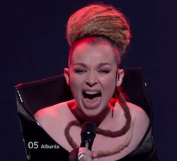 Rona Nishliu singt Suus Live beim Halbfinale des Eurovision Song Contest