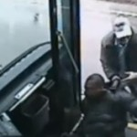 Busfahrer verprügelt Fahrgast