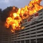 100 Gebäude stürzen ein