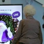 200 Fluggäste glauben plötzlich wieder an den Weihnachtsmann!