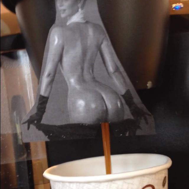 kim kardashian hintern durchfall kaffee